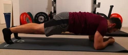 Die Planke - eine der besten Fitnessübungen für Deine Rumpfmuskulatur