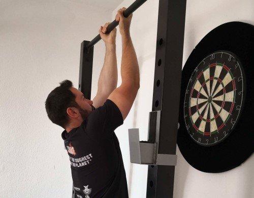 Klimmzug-Training-Varianten Ausführung Untergriff Chin Up eng unten